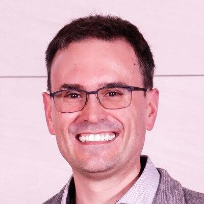 Fernando Cuenca - Headshot - Author agile-thoughts